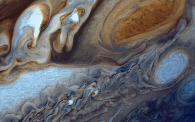 https://upload.wikimedia.org/wikipedia/commons/c/c8/Jupiter_from_Voyager_1.jpg